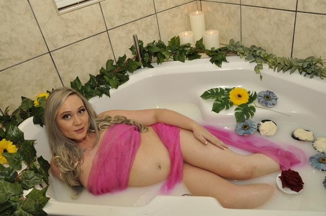Maternity Milk Bath Photographers Pretoria